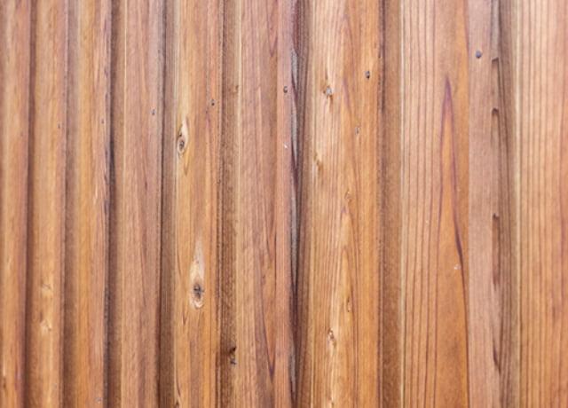 十津川杉の外壁仕上げ